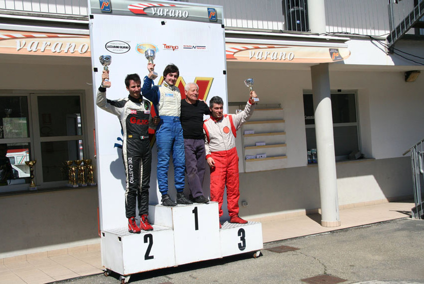 13003_podio gara 1