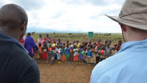 Children of Kenya entertain Dreamweaver Volunteers