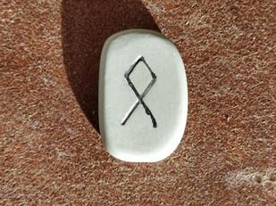Tirage de la rune ODAL, OTHILA, OTHALA, OTHEL, OTHAL, ETHEL, ODTHAL, OGTHALA, OTAEL, OTHALAN, Utal :