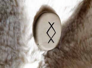 Tirage de la rune ING, INGUZ, INGWAZ, ENGUZ, IGGUS, INGVARR, INGWAR : significations