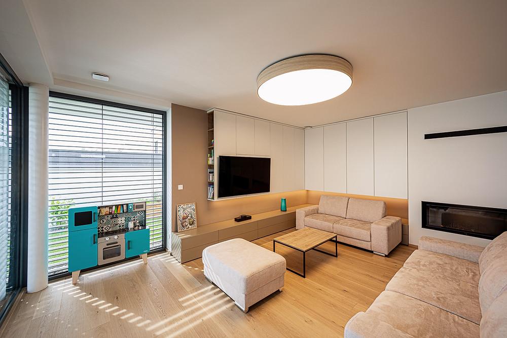 osvetlenie obývačky drevené svietidlo svetelné stropy