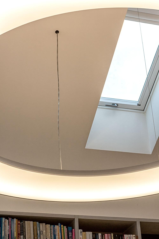 dizajnový závesný LED luster na mieru svetelné stropy