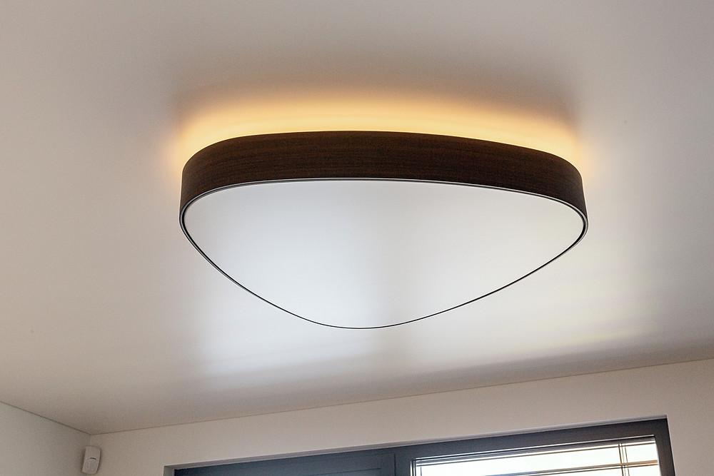 dizajnové svietidlo nepriame podsvietenie svetelné stropy