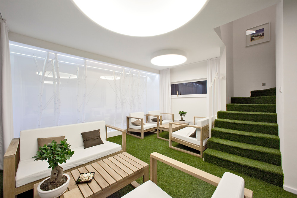 osvetlenie kancelárie LED svetelná stena svetelné stropy