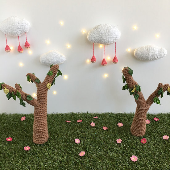 Fairy tree and leaves