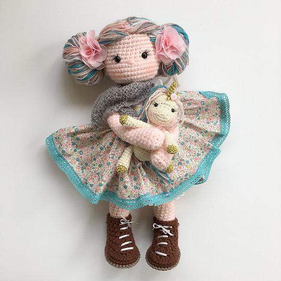 Prairie fantasy doll