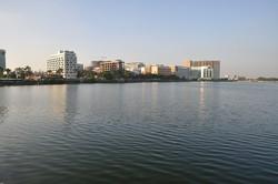 1200px-Sector-V_Saltlake_-_Kolkata_7811.