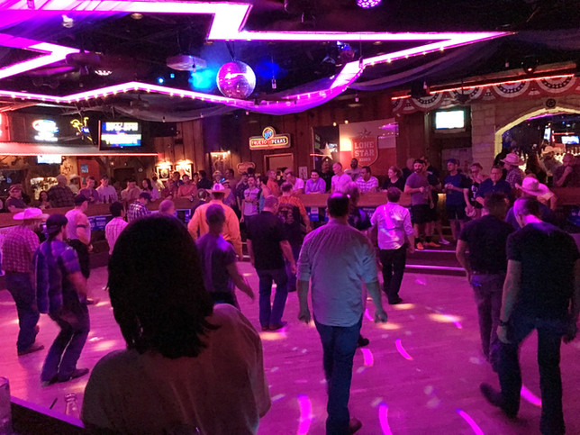 Dancing saloon | Hello_Francois | Dallas Men's Fashion & Lifestyle Blogger