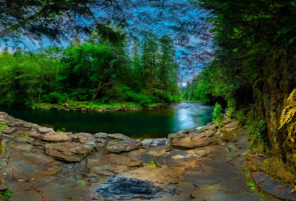 Molalla River Bend- Mt. Hood National Forest
