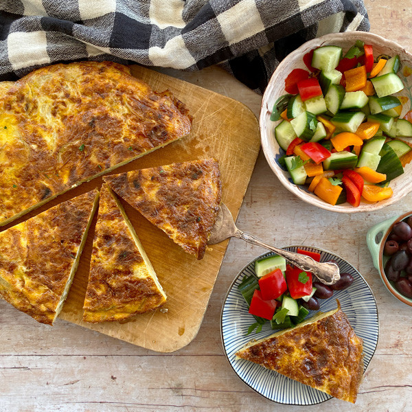 Make Tortilla Espanola