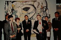 21 1998 威大展览在南京开幕.jpg