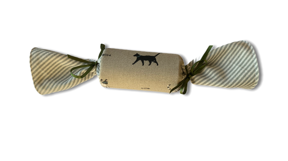 Reusable Cracker -Black Lab and Cats