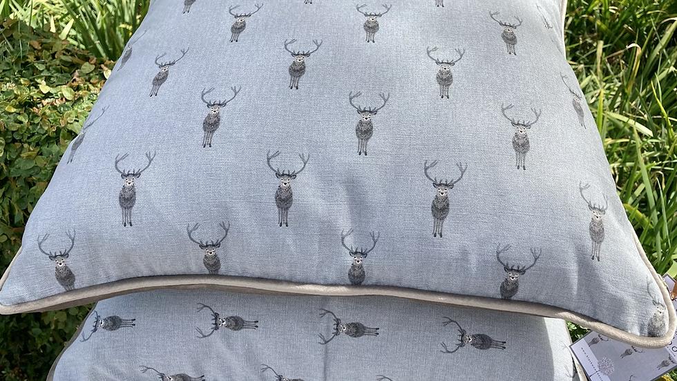 Highland Stag piped Velvet 50cm x 50cm Cushion