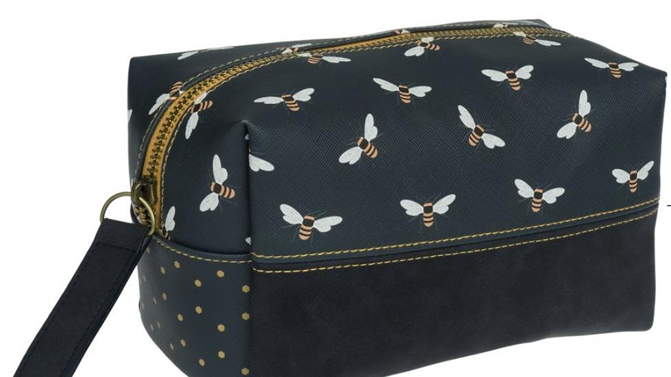 Bees Wash Bag Box