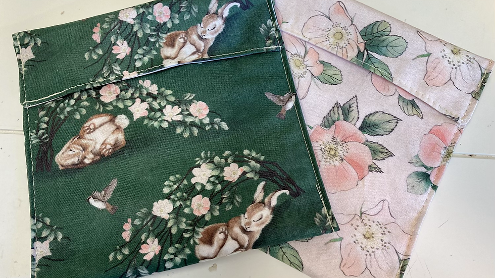 "Set of Two -Food Pockets ""Bunny & Rose"""