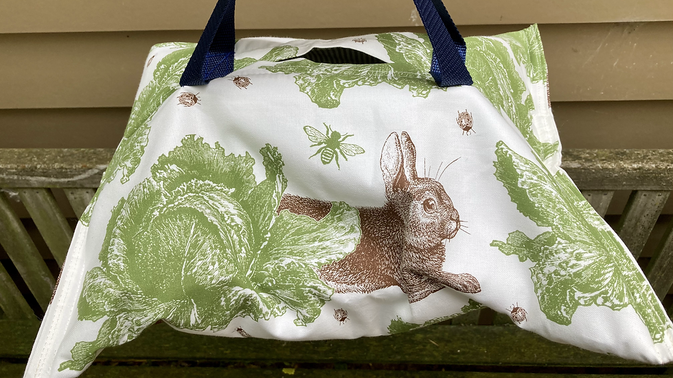 Rabbit and Cabbage- Insulated Hostess Hammock