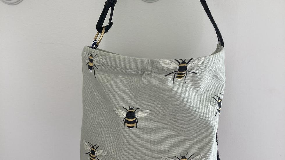 Bee Hanging Peg Bag