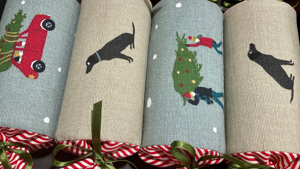 Box of Four - Reusable Fabric Crackers, Black Lab and Mid Winter Christma