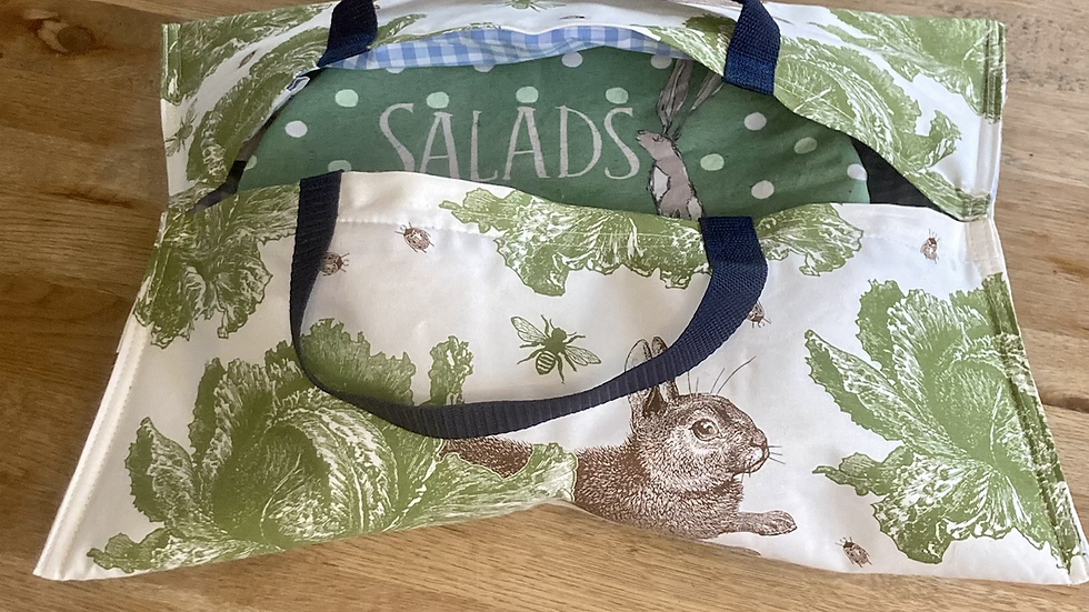 Rabbit and Cabbage -Insulated Hostess Hammock