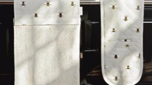 Roller Hand Towel -Bees