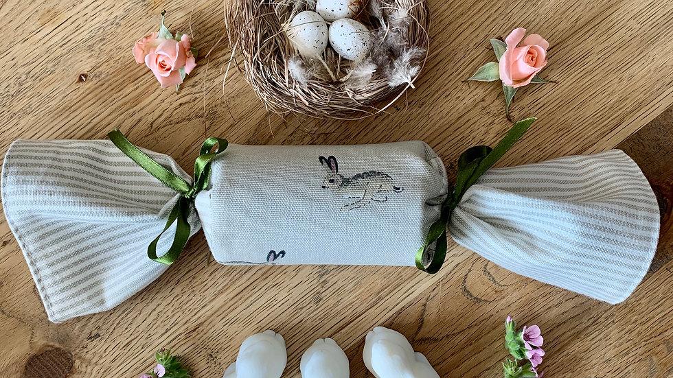 Reusable Fabric Cracker - Hare