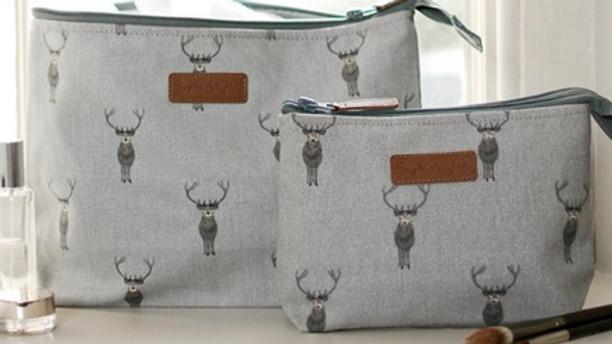 Pre - Order Large Canvas Highland Stag Wash Bag