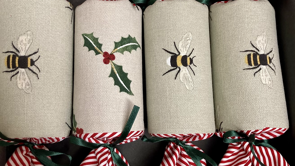 Set of Four Bees and Xmas Holly reusable crackers
