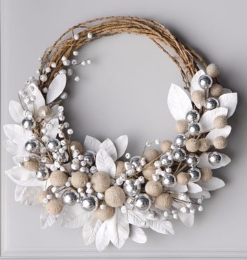 Jingle Bell Berries wreath_edited