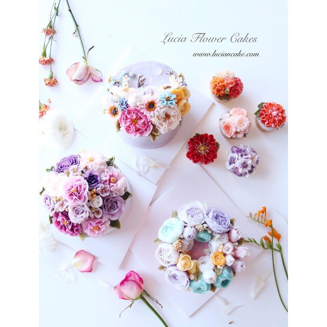Online Class _ Buttercream Flower Cakes