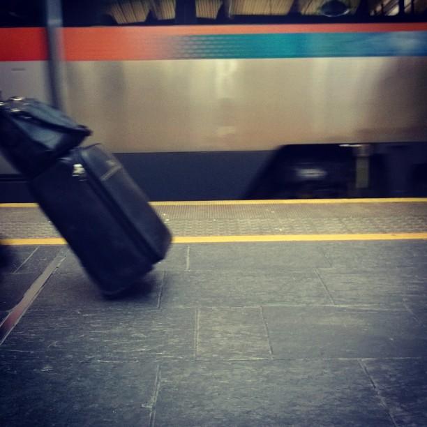 Svusj! Der kom #flytoget #Oslo#Gardermoen