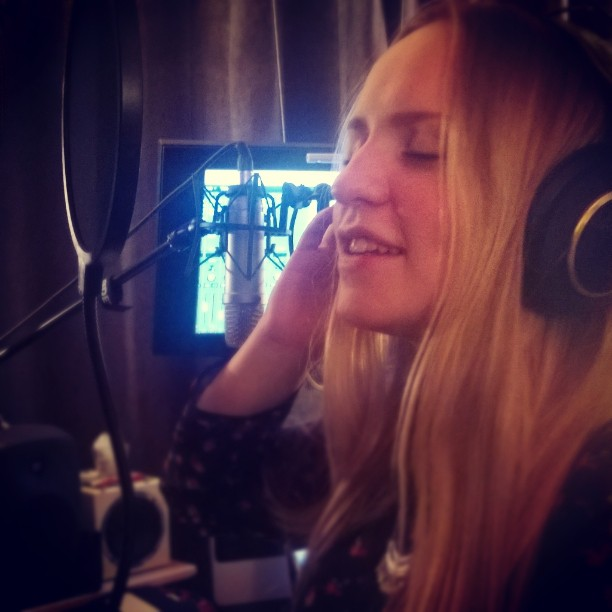 #studio daughter stepping in 🎶 #Songwriting #genelec