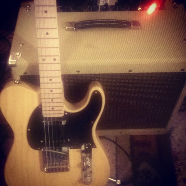 #Peavey classic 30 boutique mod sounds and looks great with modded _glguitars ASAT Classic S, Butter