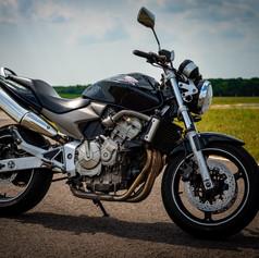 Honda Hornet 600 fekete