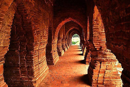 231115112737-Rasmancha-in-Bishnupur.jpg