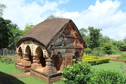 Gate, Radha Madhav temple.jpg
