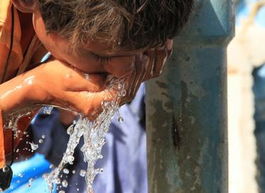 Mais de 2 bilhões de pessoas no mundo são privadas do direito à água