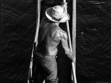 Exposição mostra relação afetiva dos moradores de Itaúnas com seu rio