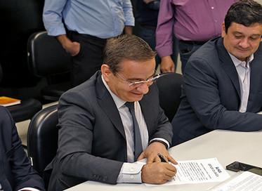 Convênio de cooperação é assinado para a elaboração do primeiro plano regional de saneamento básico