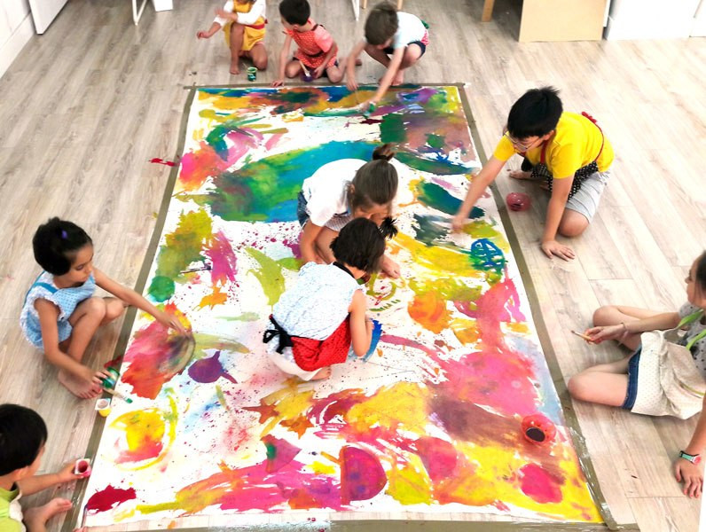 group-art-projects-for-kids-3.jpg