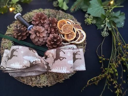 Christmas wreath kit for 4