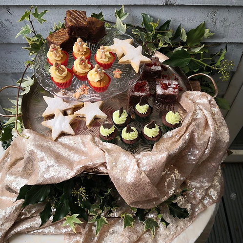 Create your own Wreath & Sweet Treats for 6 people
