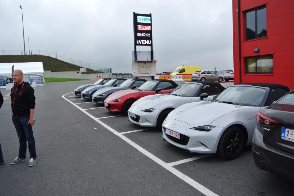 Mazda MX5drive away Mettet