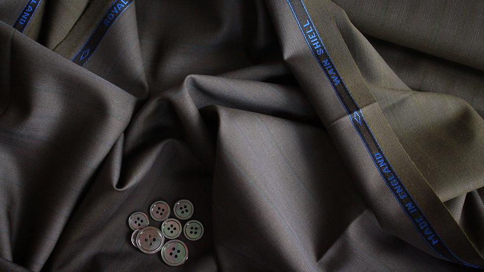 Vintage Solaro Suiting, Wain Shiell Royal 2000 (3.2 meters)