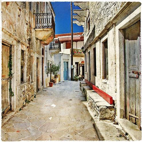 Старая улица Наксоса в Греции