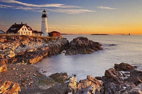 Портлендский маяк Кейп-Элизабет на восходе солнца - Мэн, США