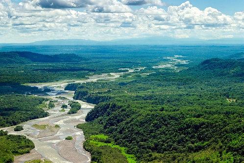 Вид сверху на бассейн реки Пастаса в Эквадоре