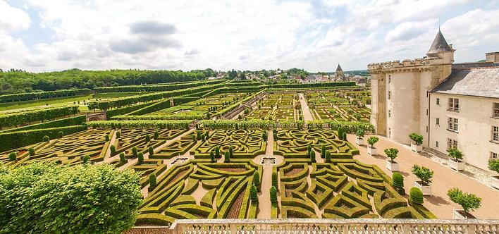 Сад замка Вилландри во Франции