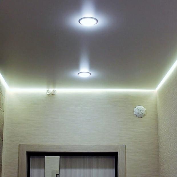 stretch-ceilings-hallway-matt-white.jpg