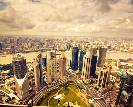 Финансовый центр Шанхая Луцзяцзу рядом с рекой Хуанпу
