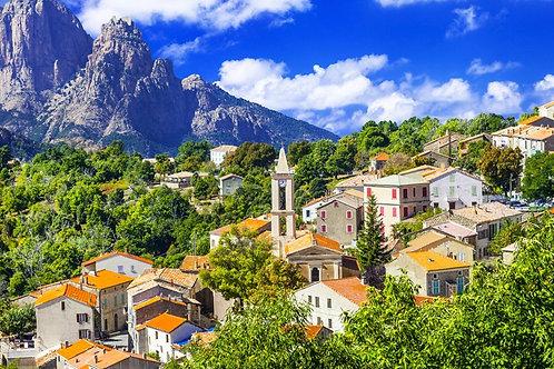 Живописный горный городок Эвиза на Корсике - Франция